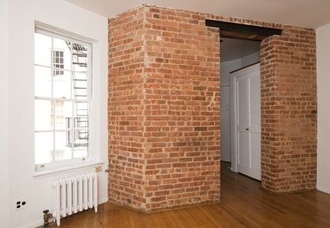 2 Bedrooms, Yorkville Rental in NYC for $2,650 - Photo 1