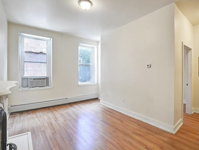 1 Bedroom, Lenox Hill Rental in NYC for $2,325 - Photo 2