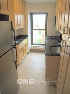 2 Bedrooms, Turtle Bay Rental in NYC for $4,900 - Photo 2