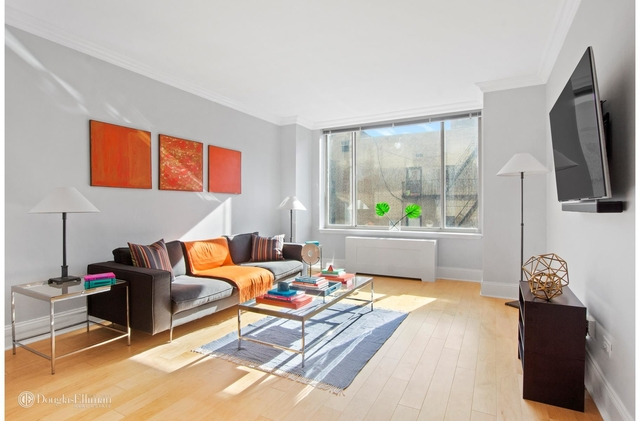1 Bedroom Upper East Side Rental In Nyc For 4 200 Photo