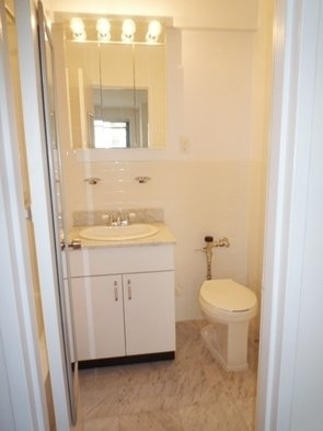 2 Bedrooms, Flatiron District Rental in NYC for $4,600 - Photo 2