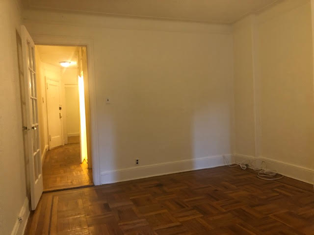 2 Bedrooms, Carnegie Hill Rental in NYC for $2,349 - Photo 1