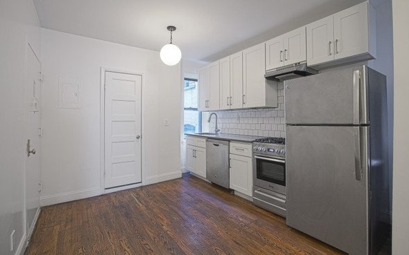 2 Bedrooms, Chelsea Rental in NYC for $3,585 - Photo 1