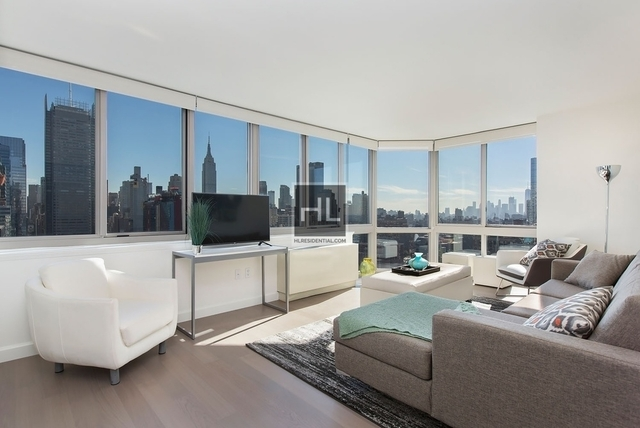 4 Bedrooms, Hell's Kitchen Rental in NYC for $6,462 - Photo 1