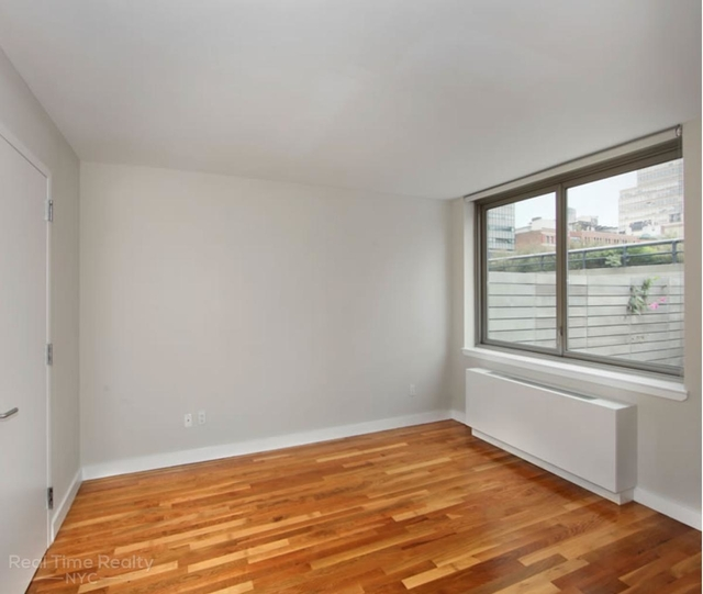 3 Bedrooms, Chelsea Rental in NYC for $5,800 - Photo 2
