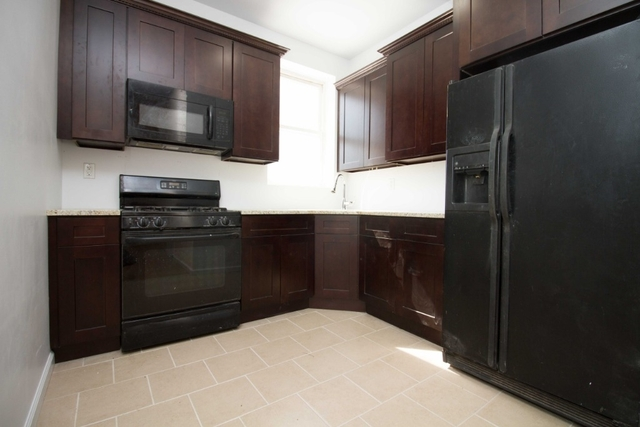 3 Bedrooms, Highland Park Rental in NYC for $2,500 - Photo 1