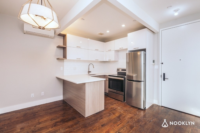 Room, Bushwick Rental in NYC for $962 - Photo 1