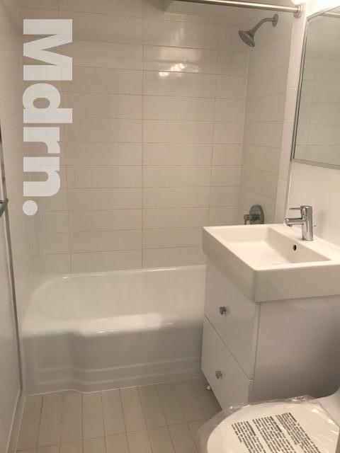 2 Bedrooms, Rose Hill Rental in NYC for $4,200 - Photo 2
