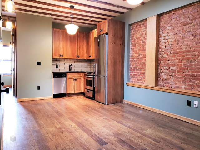 4 Bedrooms, East Williamsburg Rental in NYC for $4,500 - Photo 1