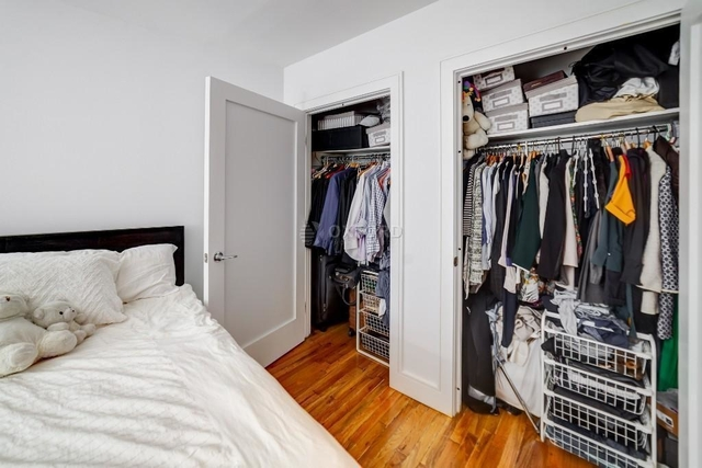3 Bedrooms, Financial District Rental in NYC for $6,000 - Photo 2