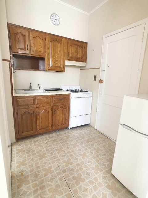 1 Bedroom, Middle Village Rental in NYC for $1,400 - Photo 1