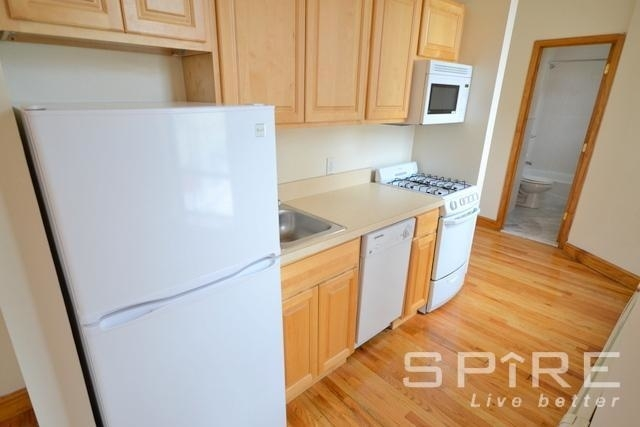 Studio, Manhattan Valley Rental in NYC for $2,225 - Photo 2