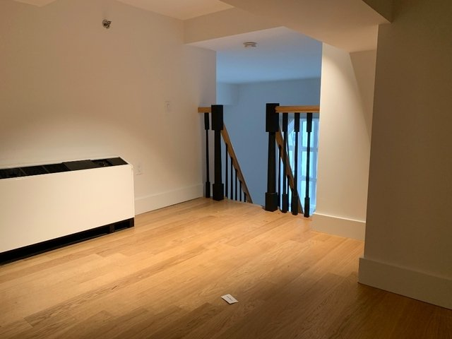 1 Bedroom, Financial District Rental in NYC for $3,140 - Photo 2
