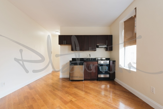 1 Bedroom, West Village Rental in NYC for $3,425 - Photo 2