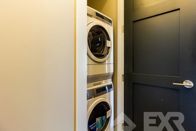 3 Bedrooms, East Williamsburg Rental in NYC for $3,575 - Photo 2