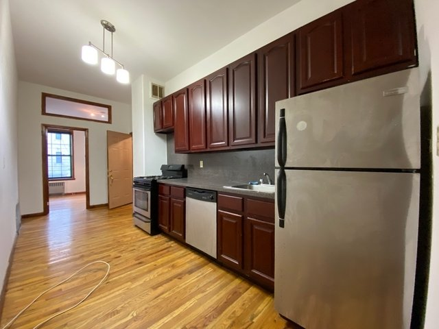 2 Bedrooms, Crown Heights Rental in NYC for $1,833 - Photo 1
