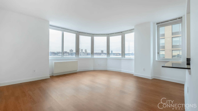Studio, Lincoln Square Rental in NYC for $3,185 - Photo 1