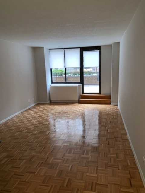2 Bedrooms, Rose Hill Rental in NYC for $4,480 - Photo 2