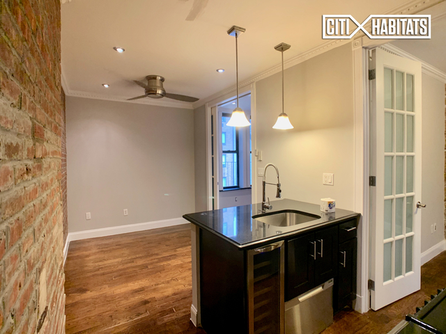 2 Bedrooms, East Harlem Rental in NYC for $2,396 - Photo 2