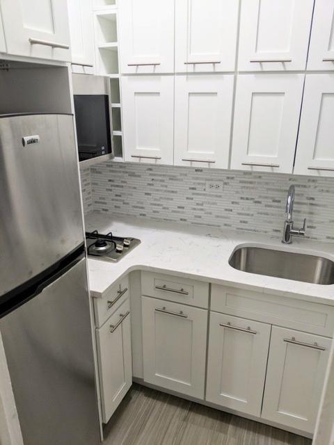 1 Bedroom, Theater District Rental in NYC for $2,650 - Photo 2