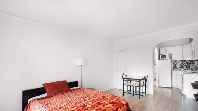 Studio, Midtown East Rental in NYC for $2,450 - Photo 2
