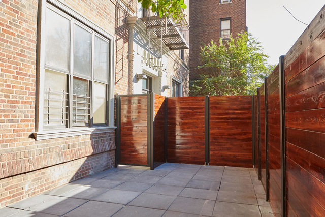 3 Bedrooms, Crown Heights Rental in NYC for $2,933 - Photo 1