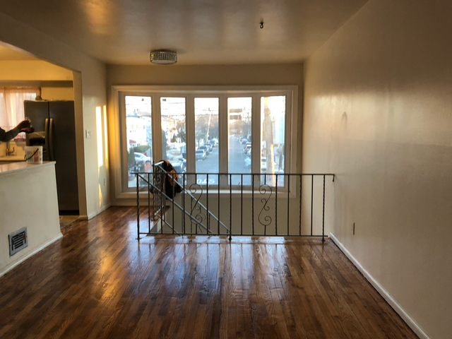 3 Bedrooms, Kern County Rental in  for $2,400 - Photo 2