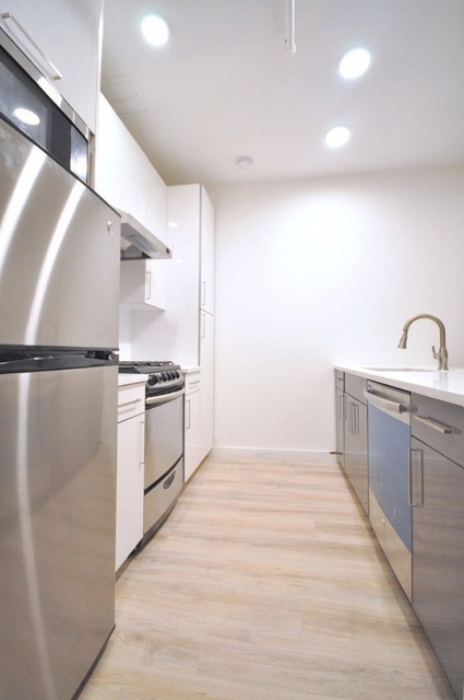 3 Bedrooms, Theater District Rental in NYC for $5,200 - Photo 1