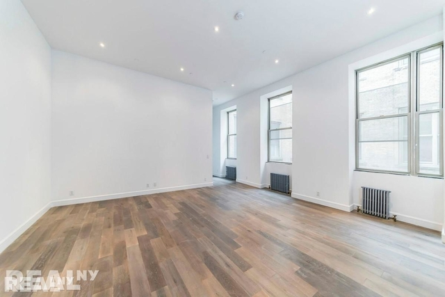 3 Bedrooms, Lower East Side Rental in NYC for $7,795 - Photo 1