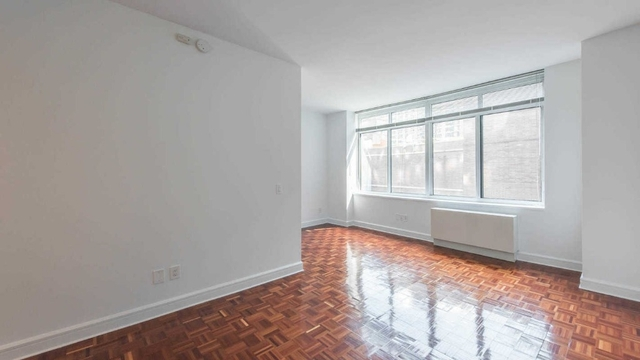 1 Bedroom, Lincoln Square Rental in NYC for $4,176 - Photo 1