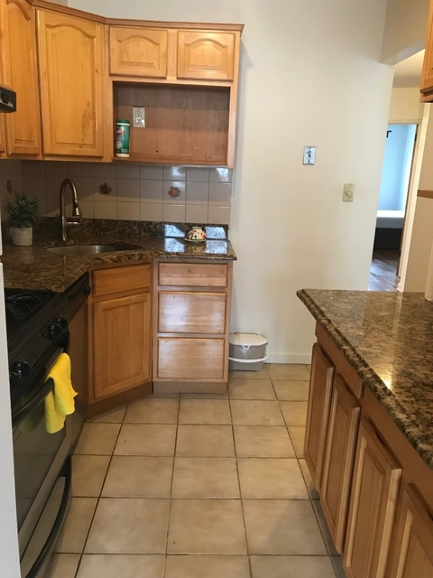 2 Bedrooms, Woodside Rental in NYC for $2,200 - Photo 2