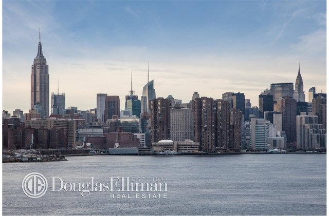 2 Bedrooms, Williamsburg Rental in NYC for $4,589 - Photo 2