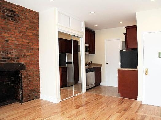 Studio, Bowery Rental in NYC for $2,400 - Photo 2