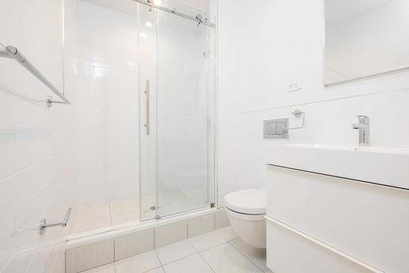 3 Bedrooms, Gramercy Park Rental in NYC for $6,575 - Photo 2