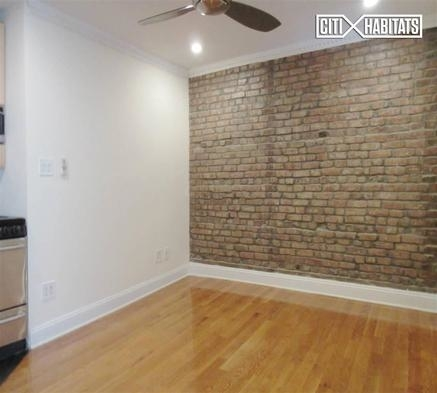 2 Bedrooms, Alphabet City Rental in NYC for $3,995 - Photo 2
