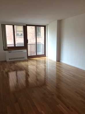 2 Bedrooms, Carnegie Hill Rental in NYC for $5,195 - Photo 1