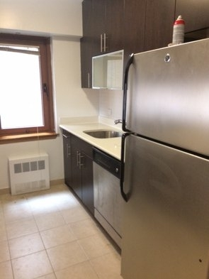 2 Bedrooms, Carnegie Hill Rental in NYC for $4,750 - Photo 2