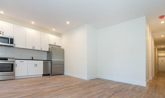 3 Bedrooms, Carnegie Hill Rental in NYC for $5,300 - Photo 1
