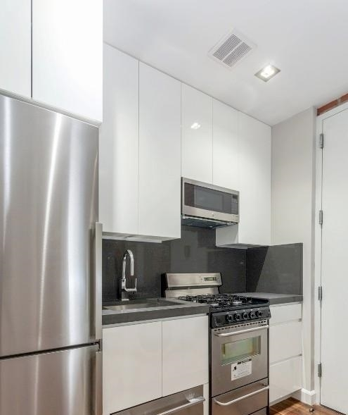 4 Bedrooms, East Harlem Rental in NYC for $3,225 - Photo 2