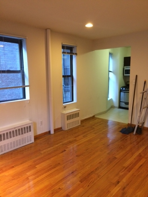 Studio, Carnegie Hill Rental in NYC for $1,900 - Photo 2