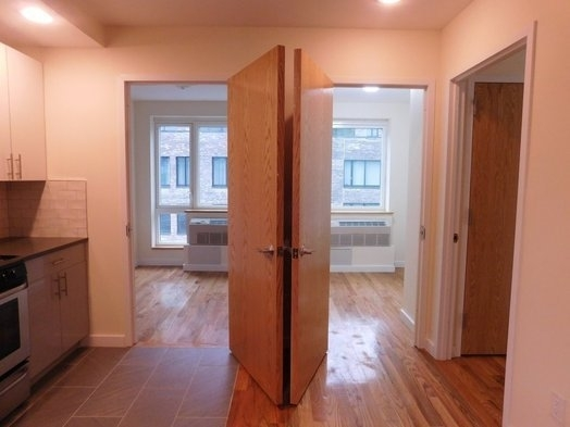 4 Bedrooms, East Village Rental in NYC for $4,900 - Photo 2