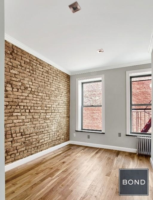 3 Bedrooms, Hell's Kitchen Rental in NYC for $4,883 - Photo 1