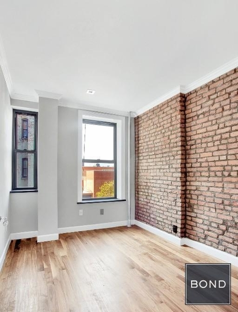 3 Bedrooms, Hell's Kitchen Rental in NYC for $4,883 - Photo 2