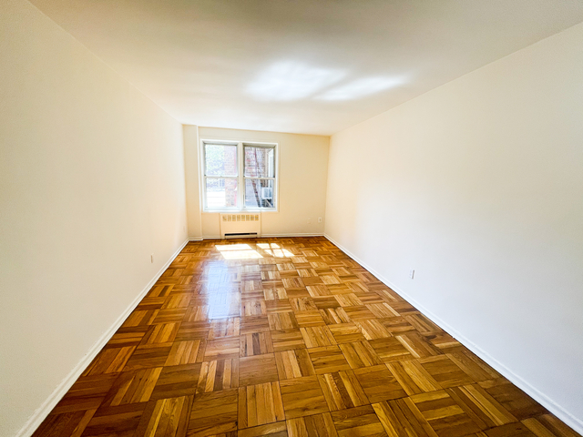 1 Bedroom, Downtown Flushing Rental in NYC for $1,721 - Photo 1