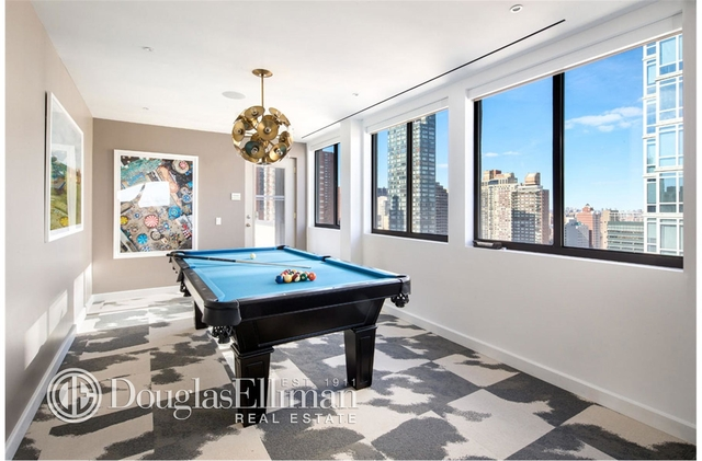 2 Bedrooms, Yorkville Rental in NYC for $4,975 - Photo 2