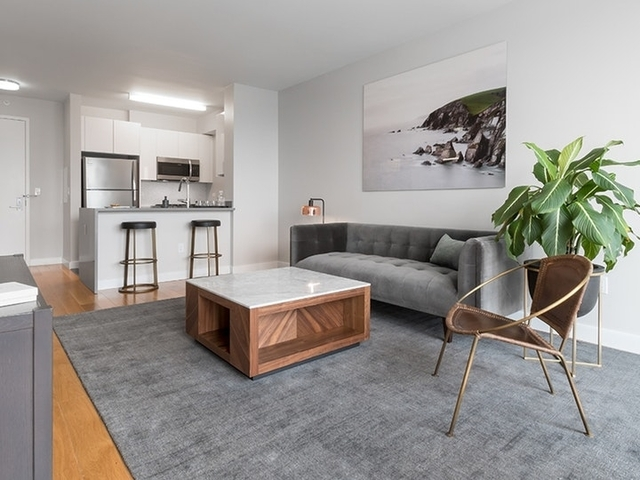 Studio, Hell's Kitchen Rental in NYC for $3,044 - Photo 2