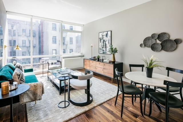 2 Bedrooms, Chelsea Rental in NYC for $6,088 - Photo 1