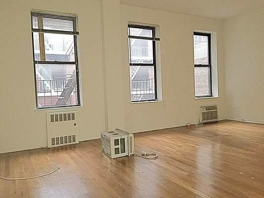 3 Bedrooms, West Village Rental in NYC for $5,795 - Photo 1