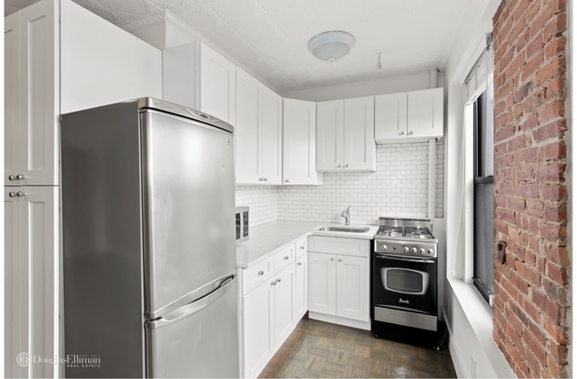 1 Bedroom, South Slope Rental in NYC for $3,000 - Photo 2
