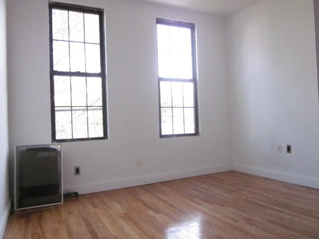 3 Bedrooms, Bushwick Rental in NYC for $2,700 - Photo 2
